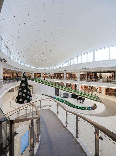 Modernization of Cliff Shopping Center realizacja INTERBIURO