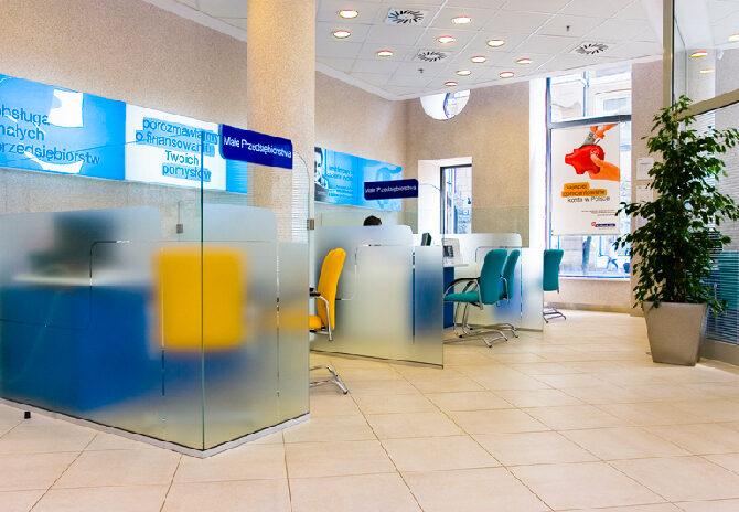 POLBANK EFG aranżacja wnętrz biurowych