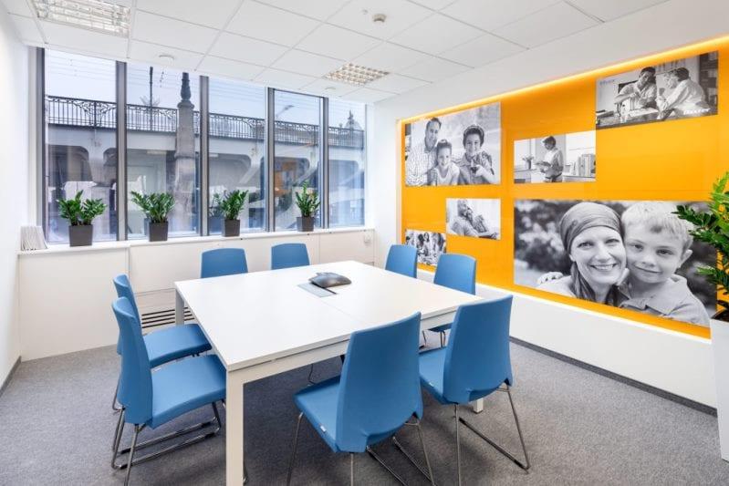 Centrum Edukacji BAXTER reali INTERBIURO fot Szymon Polanski 6304 799x533 - We design and do office space projects - Warsaw