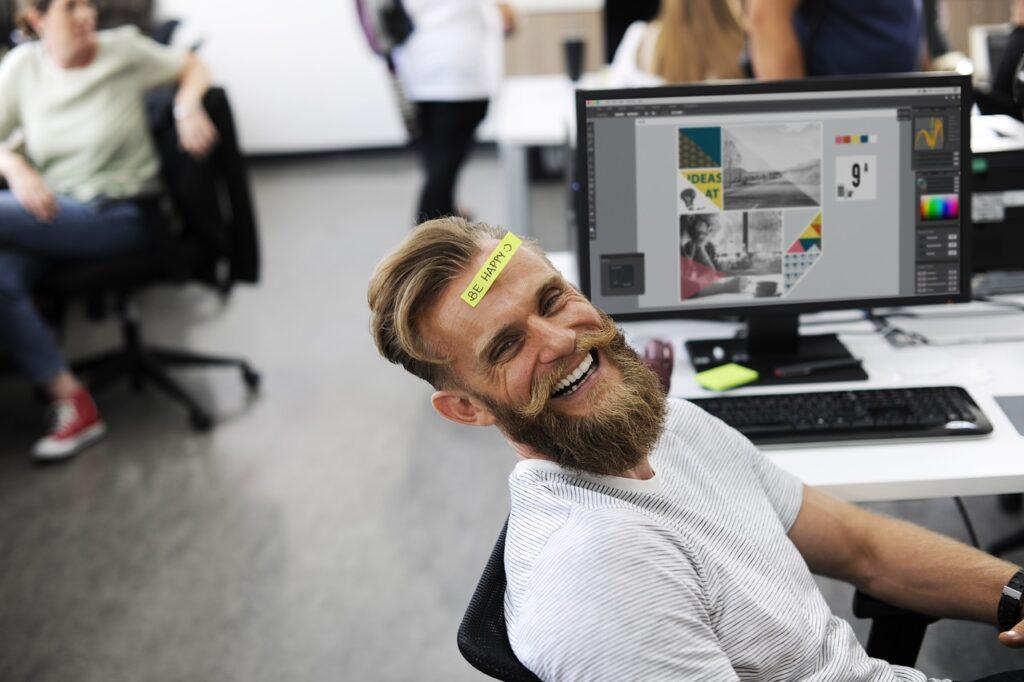 adult 2449725 1280 1024x682 - Aranżacja biura - sposób na lepszą efektywność pracy!
