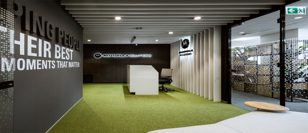 Motorola 1024x445 - We design and do office space projects - Warsaw