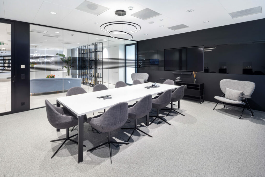 OCEANIC Warszawa realizacja INTERBIURO fot Szymon Polanski 6159 1024x683 - We design and do office space projects - Warsaw