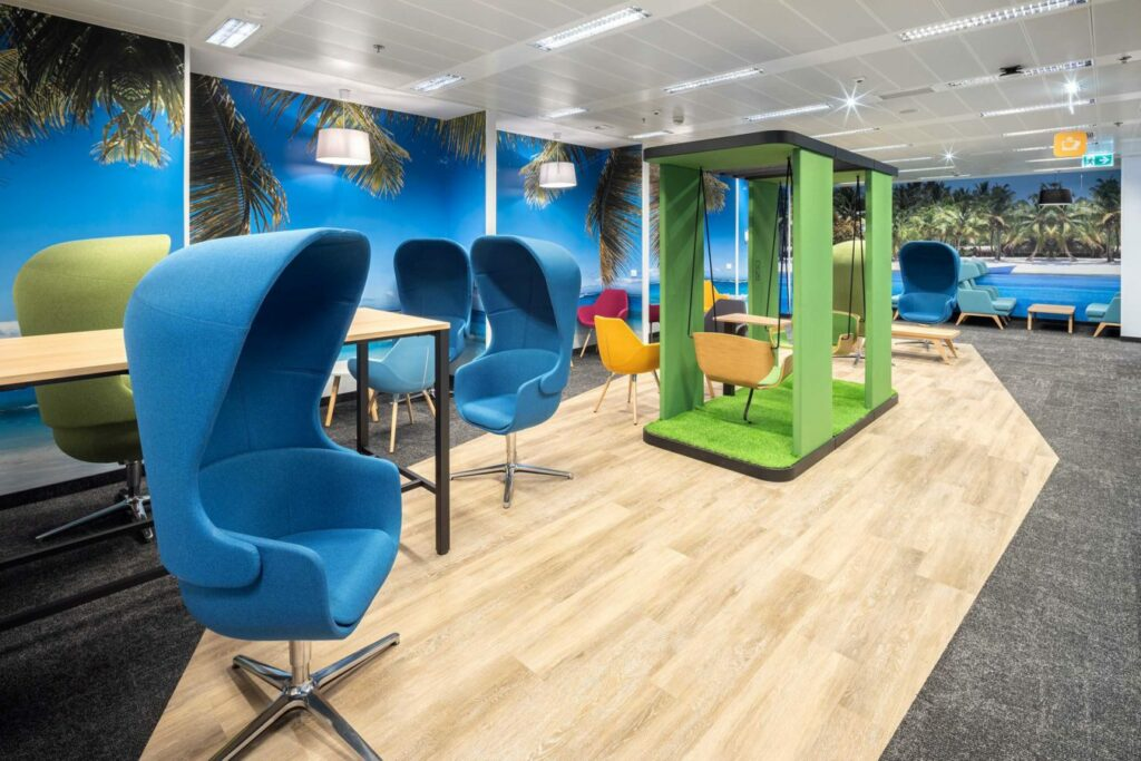 VW Warszawa realizacja INTER BIURO fot Szymon Polanski 6259 1 1024x683 - We design and do office space projects - Warsaw