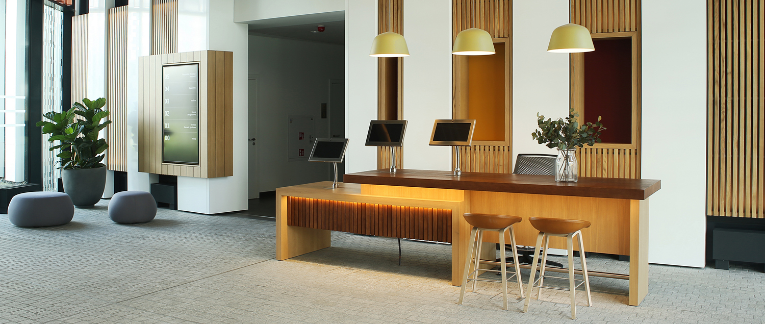 R25A9400 300DPI 1 1 - We design and do office space projects - Warsaw
