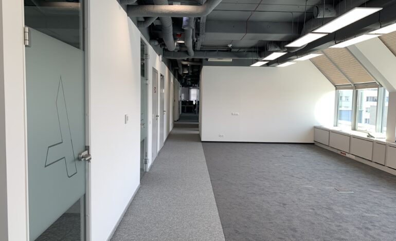 IMG 3624 770x470 - Fit out w biurowcu CA IMMO